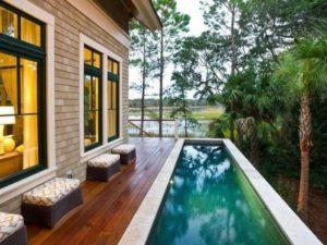 kolam renang minimalis depan rumah - situs properti indonesia
